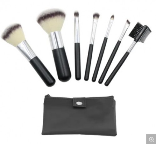7PCS Gift Cosmetic Brush Set with Private Label